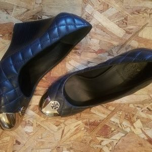TORY Burch size 7 wedge